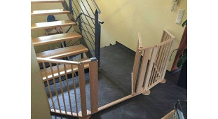 Как закрыть лестницу от ребенка (на примерах с фото)