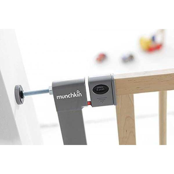 Детские ворота безопасности Munchkin Easy Close Deco 75-82 см